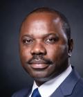 Hugues Mbadinga Madiya, Ministre gabonais du commerce, de l'industrie et des PME